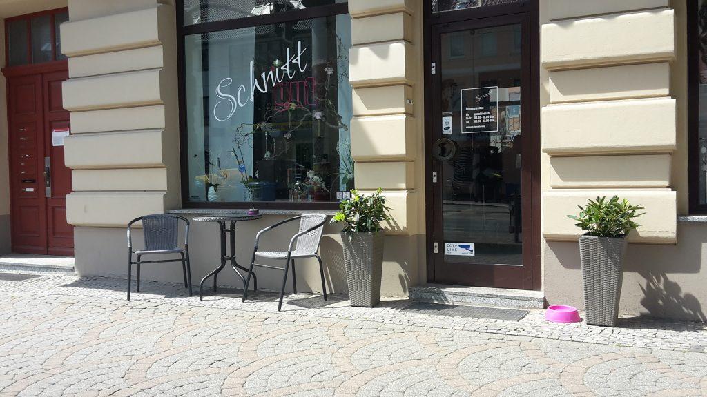 Salon SchnittGut Fotografie mit Aussenansicht